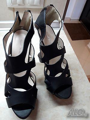 d287ba83e24 Продава дамски сандали, висок ток, черни, на платформа.