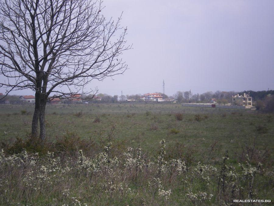 961876dd2f2 Продава 12дка парцел в регулация УПИ земя за строителство до град ...
